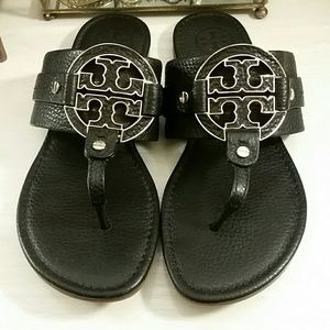 Tory Burch Leather Amanda Sandals in Black / Gold